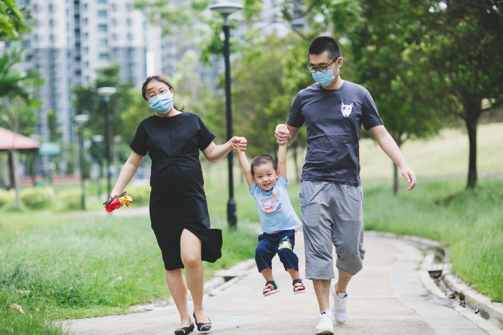 Lin Nan and his family spending time during the pandemic.